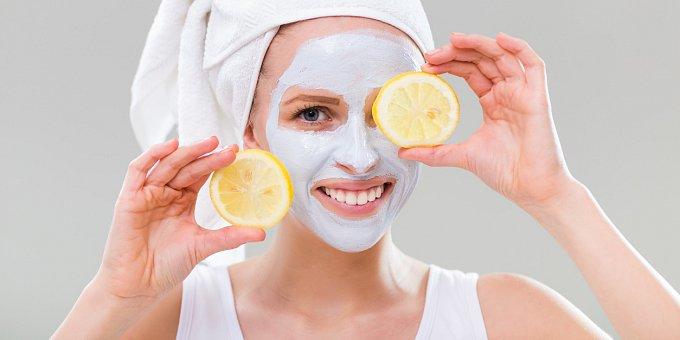 Cukr, citron, majonéza: Co určitě nepatří na váš obličej?