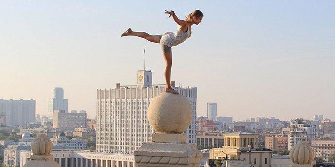 Fotky, z kterých mrazí: Ruska balancuje na hraně smrti