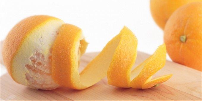 Jak využít slupky z pomeranče: Na boty, hmyz i při úklidu