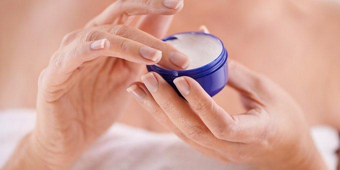 Suché ruce: Pečujte o ně a zabraňte jejich stárnutí
