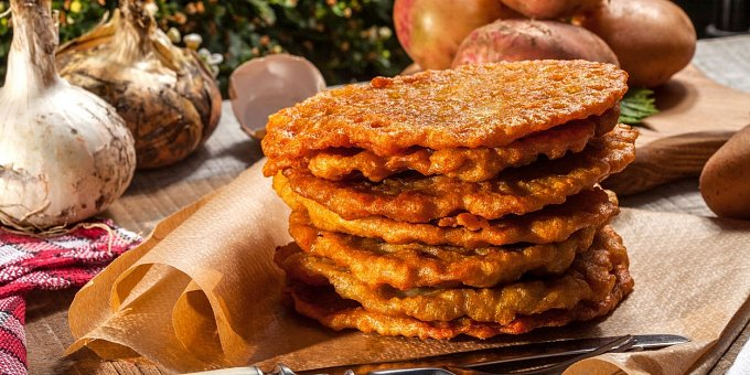 Bramboráky na 5 způsobů: Se sýrem, játry, slaninou i nasladko