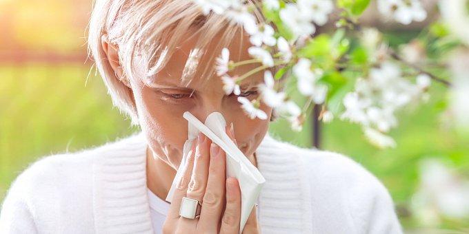 Trpíte jarní alergií? Takto ji poznáte a vyléčíte