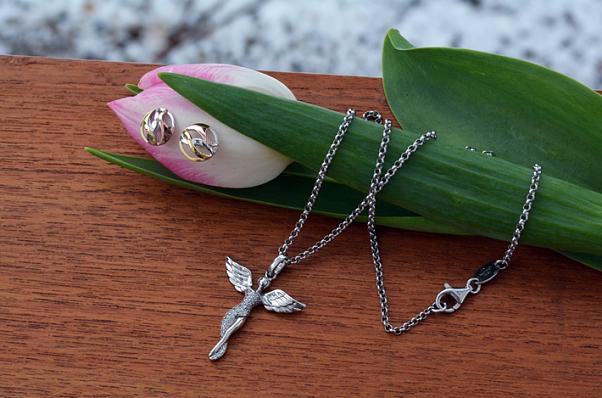 Něžné andělské šperky se k jaru hodí nejlépe
