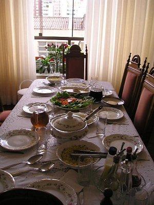 Prostřený stůl