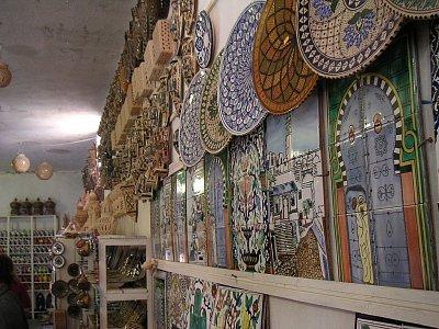 Obchůdek s keramikou
