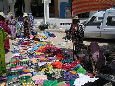 Trh v Midounu