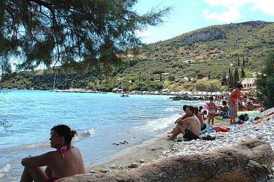 Pláž v Limni Keri