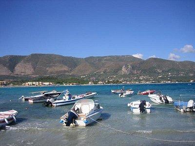pláž v Alykés (nahrál: radulka)