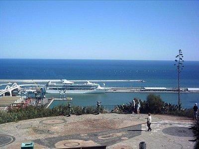 ...přístav