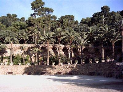 park Güell - zelená oáza