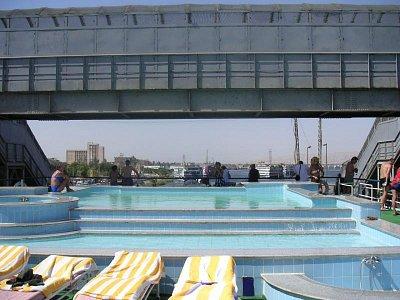Proplouvání pod mostem v Esně (nahrál: admin)