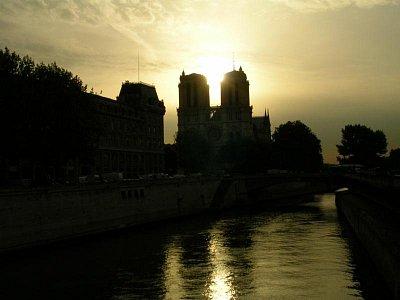 Notre Dame (nahrál: NOi)