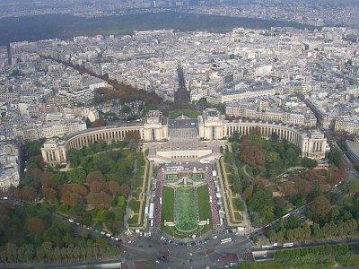Palais De Chatillot - Z La Tour Eeffel (nahrál: NOi)