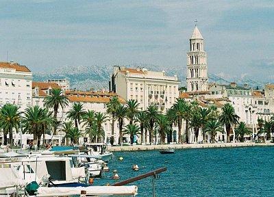 SPLIT - pohľad malého prístavu (nahrál: vilo kučera)