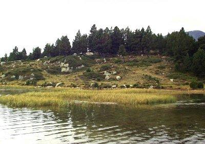 Pyrenejské jezero (nahrál: admin)