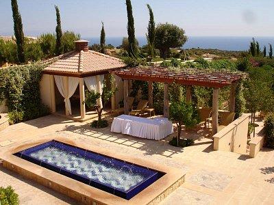 Kypr 5/2007 - Aphroditi Hills (nahrál: Hana Walker)