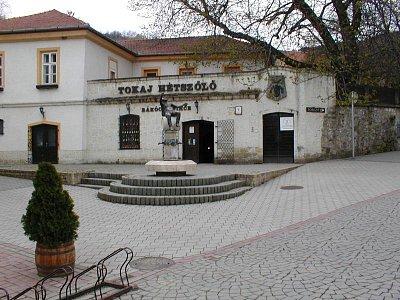 Tokaj - vinný sklep (nahrál: Slávek)