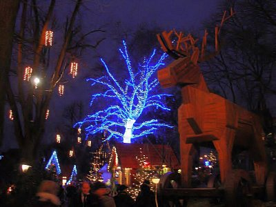 svítící strom (nahrál: Helča2)