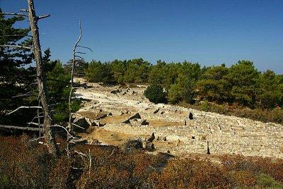 Kamiros - Kamiros zvaný rhódské pompeje.Je to trochu nadnesené,ale jinak je to velmi zajímavé místo. (nahrál: Terry)