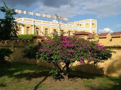 Santiago de Cuba: Cuartel Moncada (nahrál: admin)