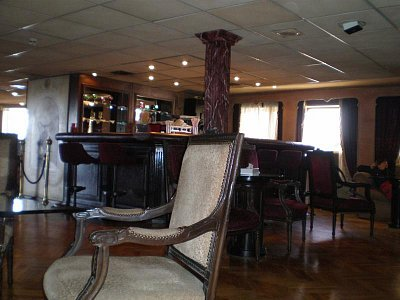 Bar lodi Julliana u recepce (nahrál: lovenka13-Bára)