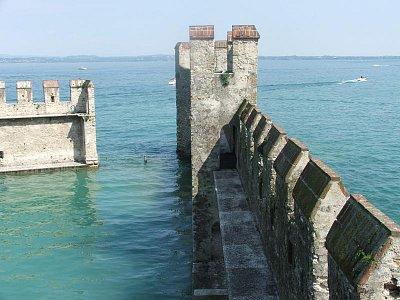 pohled z hradu sirmione (nahrál: Lenka zanetti)