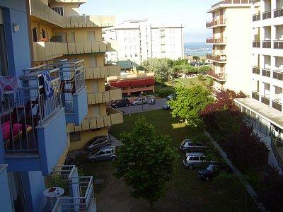 výhled - níní mužete zahlídnout vyhlet z hotelu Majesstic (nahrál: Violka)