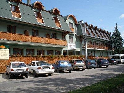 Lázně Mezokovesd-hotel (nahrál: Hana Hanzalová)