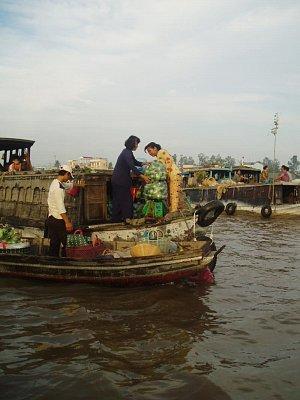 Plovoucí trhy-Mekong (nahrál: admin)