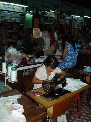 Krejčovské dílny v Hoi An (nahrál: admin)
