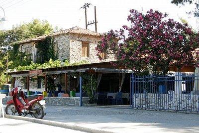 Taverna Paradisos v Neos Marmaras (nahrál: Jan Jastrzembski)
