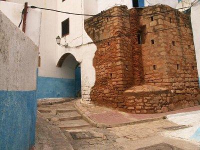 Kasbah des Oudaias - Kasba je vzdušná, vesnici připomínající čtvrť, po které se lze příjemně procházet. Vzdálenost z jednoho konce na druhý nepřesahuje 150m. (nahrál: Petr Kubík)