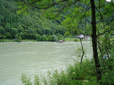 Dunaj v Horním Rakousku. (nahrál: Jechort)