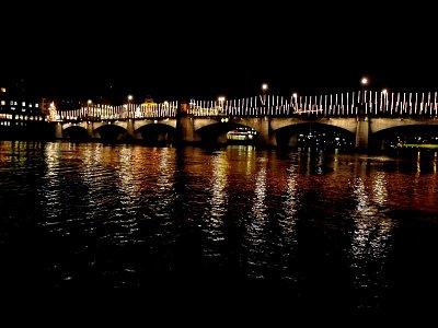 Mittlere Brücke - vánočně vyzdobený (nahrál: Petr Nedbal)
