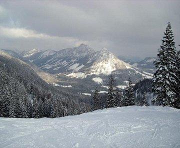 Rakousko - lyže 2009 - Tauplitz