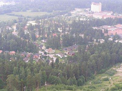 Pohled z skokanského můstku - Nádherný výhled z věže sice je nějaké drobné vstupné na věž, cca 8 sk, ale výhled stojí za to (nahrál: josef Vágner)