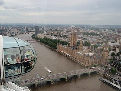 POHLED NA PARLAMENT Z LONDON EYE (nahrál: JITKA RŮŽIČKOVÁ)