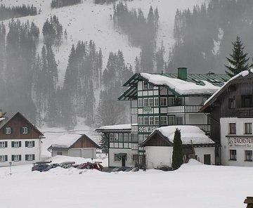 Dachstein West březen 2009