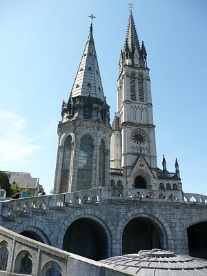 Lourdes (nahrál: Vlasta Lazarová)