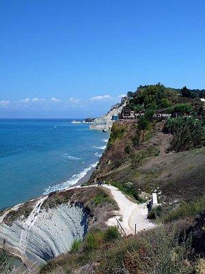 Peroulades - Longa beach (nahrál: Věrka)