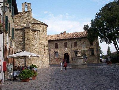 Piazza Dant Alighieri (nahrál: Leoš Kobr)