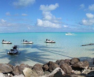 Francouzská Polynésie - Bora Bora ,výlet na vodních skůtrech
