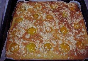 Meruňkový koláč z cukety