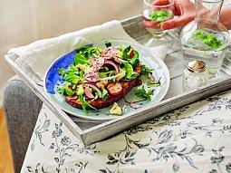 Smaženka s restovanou zeleninou