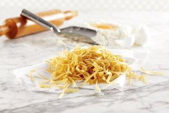 Recept na domácí nudle do polévky – postup přípravy, suroviny a více variant receptu