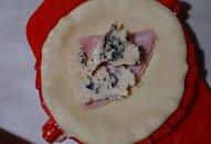 Kořeněné šátečky se šunkou a sýrem