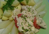 Zapečený pangas s rajčaty a bylinkovým krémem