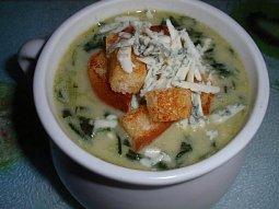 Jednoduchá špenátová polévka se sýrem