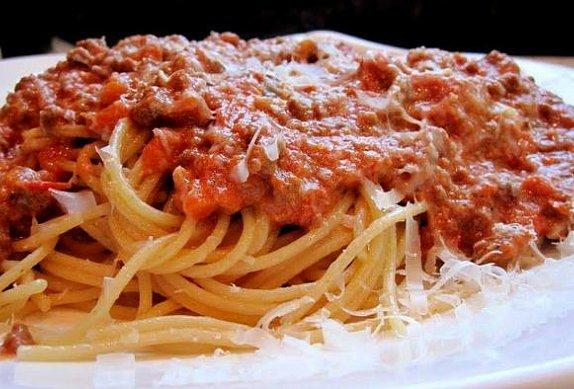 Skvělé boloňské špagety photo-0