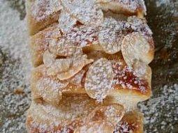 Rychlé rohlíky plněné vanilkovým pudinkem